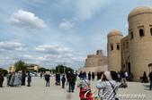 2019Amazing!穿越古絲路上的中亞五國之旅(9-3)--烏茲別克斯坦之希瓦內城:03●如同大部份遊客,我們從位在 Ichan-Kala西面的正門 Ata-Darwaza 進入內城。這座建於1842年的城門曾於1920年被毀,並在1975