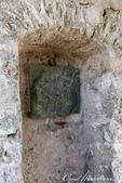 2018不思議之克、斯、義秘境歐遊記(9)--穿過城門同時,可見證歷史曾在石牆上留下的痕跡,與當時設:04.JPG