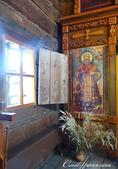 2018印象翻轉的俄羅斯奇幻之旅(5-3)--散發古老歲月味道的木造建築博物館與農民生活博物館:10●教堂的內部裝潢雖有別於後期磚造建築內的金璧輝煌,但該有的還是沒有少.JPG