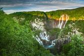 2018不思議之克、斯、義秘境歐遊記(2~2)--普萊維斯國家公園N.P. Plitvice仙境傳說:01●嘆為觀止的仙境,層次分明的湖泊、洞穴和瀑布.jpg