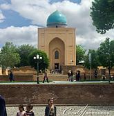 2019Amazing!穿越古絲路上的中亞五國之旅(14-2)--烏茲別克斯坦之三座重要的陵墓:18●由於腹地實在太廣大,所以很難拍下全景,一棟棟的建物,就著麼拼湊了一個到此一遊的記憶 (5).JPG