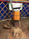 2019夏季內蒙草原風光與貝加爾湖詩意之約(10-1)--結伴到呼倫貝爾草原(上):11●關於蒙古族的「食」,絕對少不在蒙語裡稱為「阿日裡」奶酒.JPG