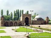 2019Amazing!穿越古絲路上的中亞五國之旅(7-2)--塔吉克斯坦之歷史文化遺產希薩碉堡:03●開放觀光的舊經學院,已做為博物館使用.jpg