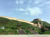2019Amazing!穿越古絲路上的中亞五國之旅(7-2)--塔吉克斯坦之歷史文化遺產希薩碉堡:08●如臂膀一般護衛碉堡的城牆,是經過重建的;非原始樣貌.JPG