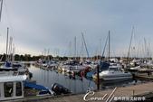 2018加拿大四年一度鮭魚洄遊V.S.洛磯山脈國家公園健走趣(6-2)--橡樹灣遊艇碼頭覓海豹:06●風平浪靜的港灣,海面波平如鏡.JPG