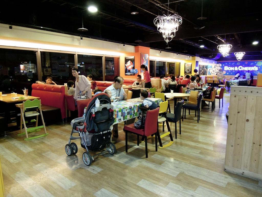 台中金典--棒恰恰美式餐廳:IMG_20131211_105021.jpg