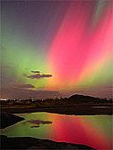 自然景象:56192main_Northern_Lights.jpg