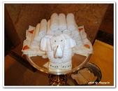 99阿布達比-阿拉伯聯合大公國:D9902170106毛巾摺成大象-盥洗室-酋長皇宮飯店-阿布達比.jpg