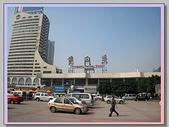 重慶黑心 水果攤+菜園壩水果批發市場:重慶火車站.JPG
