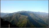 拉拉山_太平山_北橫兩日遊:上巴凌遠眺對面的三光山上.jpg