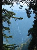 971016~20:第二站是搭公車 在車上看到遠遠的稱名瀑布