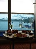 照2008-06-12-alaska-Glacier Bay欣賞冰山崩解--阿拉斯加遊輪:IMG_5025.JPG