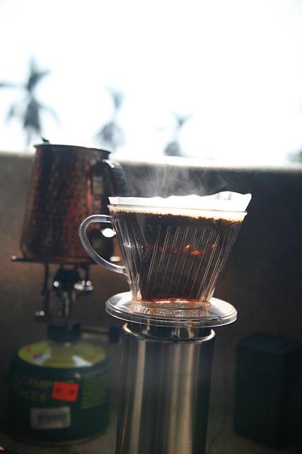 18砲台山望月亭中的香醇咖啡.jpg - 台中公園 砲台山