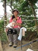 內湖三尖:豆豆在內湖鯉魚山.jpg