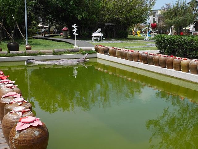 22䲔魚池.jpg - 北門水晶教堂
