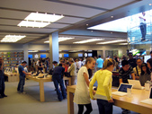 我讀「賈伯斯傳」:inside of The New York Apple Store