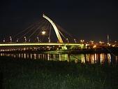基河左岸單車行:大直橋夜景