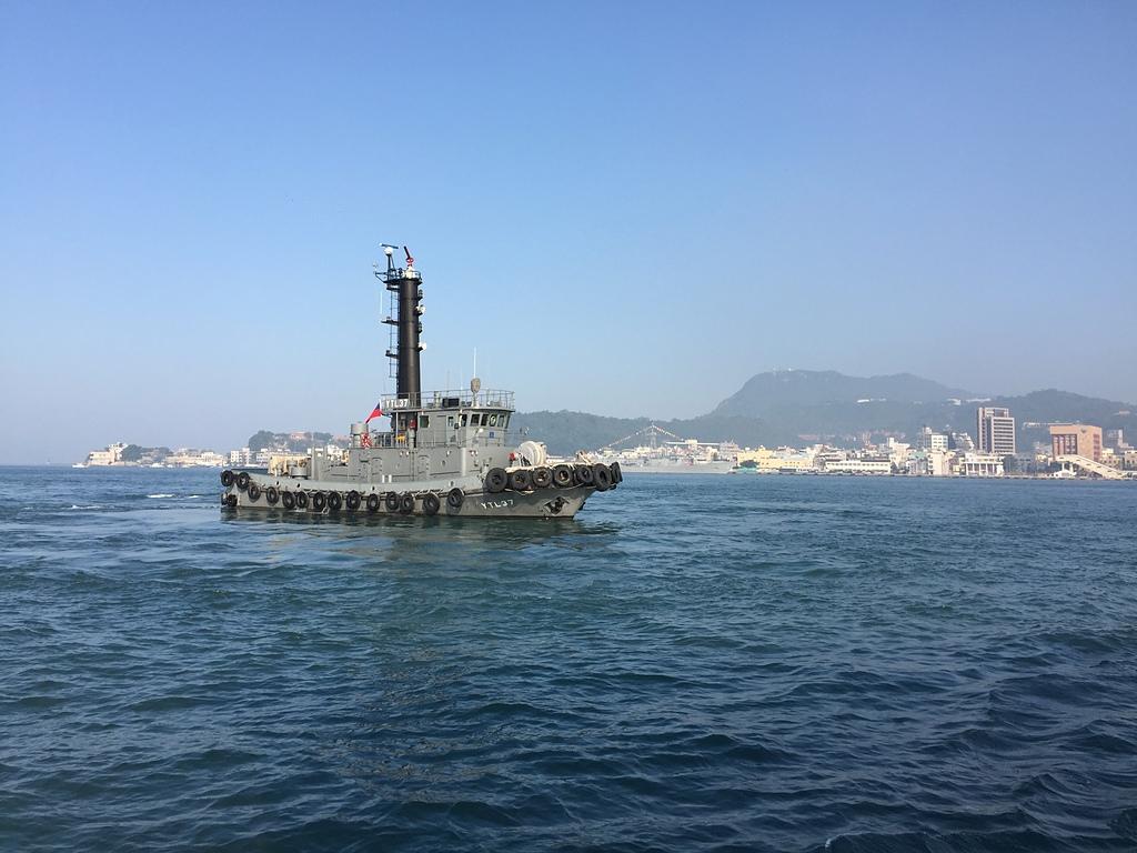 海軍港勤YTL37拖船 - 旗津海岸公園 旗後砲台 高雄燈塔