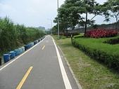 台北河濱公園單車道:新店溪左岸01.jpg