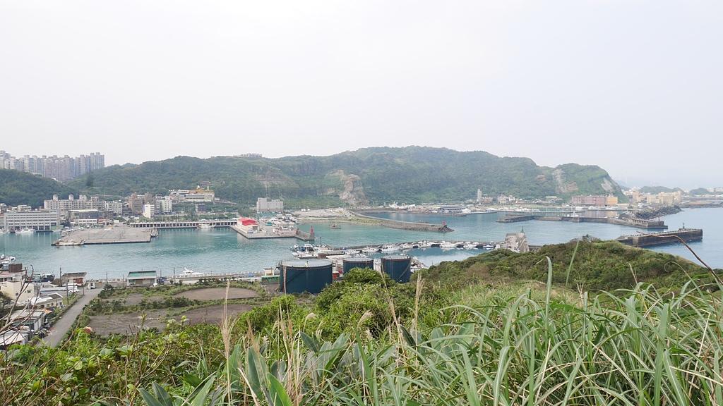 八斗子漁港和碧砂漁港 - 潮境公園 望幽谷