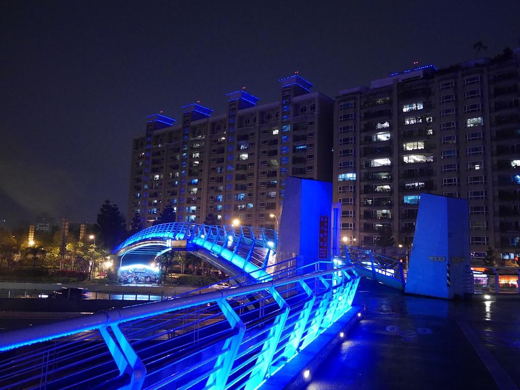 13湯泉陸橋.jpg - 陽光橋