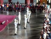 國父紀念館祥門書會展:國父紀念館海軍儀隊禮兵交接
