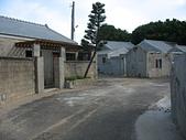 外婆的澎湖灣:14正在整修的眷村.jpg