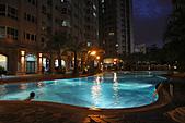 西班牙水花園夜拍:游泳池