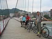 台北河濱公園單車道:碧潭01碧潭吊橋.jpg