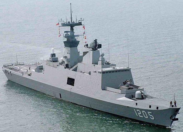 海軍左營基地參訪:康定級PFG-1205