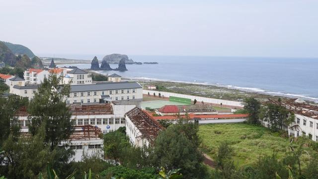 18俯瞰海巡營區.jpg - 綠島二日遊