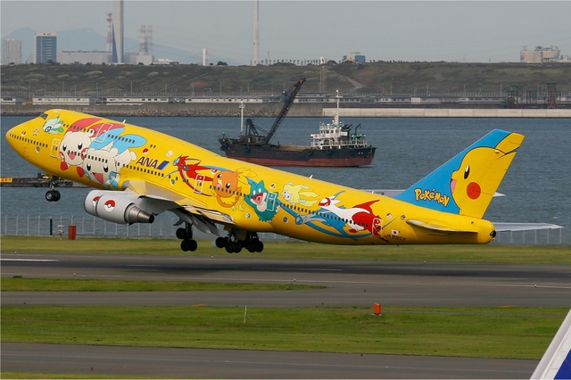 A3 繪有精靈寶可夢圖案的日本全日空客機.jpg - 我的神奇寶貝