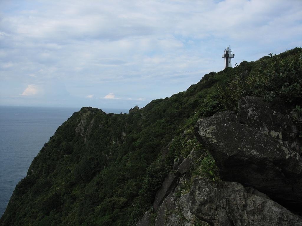 基隆嶼之遊:36初見基隆嶼燈塔.jpg