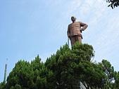 內湖三尖:三尖16忠勇山頂之蔣公銅像