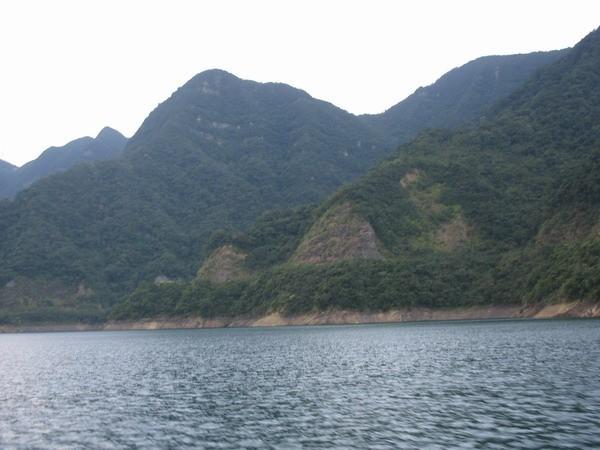 兩岸山水 - 翡翠水庫的山光水色