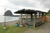 蘭嶼三日遊--D1台東到蘭嶼:椰油國小校門口的發呆亭.jpg
