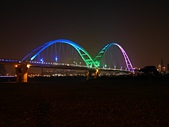 新月橋夜拍:01新月橋光雕.jpg