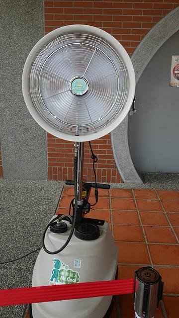 32噴霧涼風扇.jpg - 蘇澳港、傳藝中心一日遊