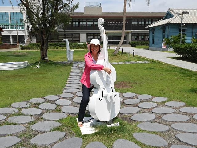 25大提琴.jpg - 北門水晶教堂