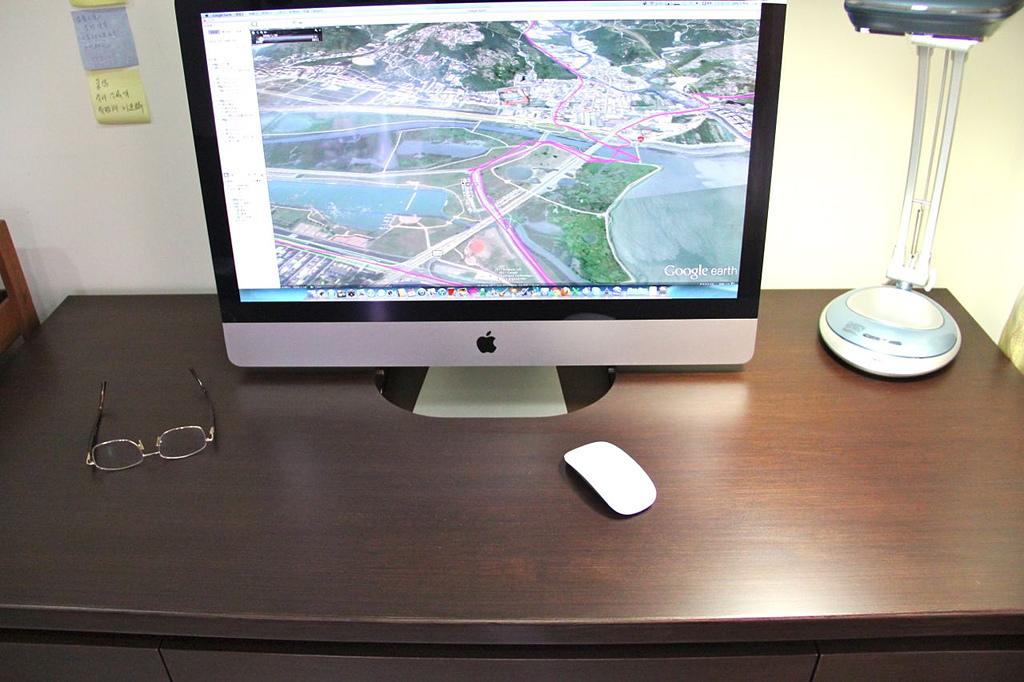 自製電腦桌:IMG_5015.jpg