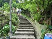 更寮古道:更寮古道的花崗石階梯.jpg