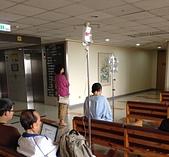 台大醫院陪病有感:點滴灌注的生命長河