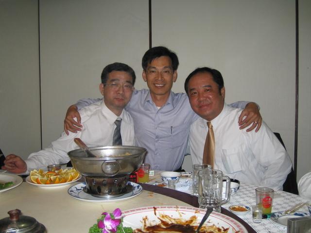 20050311阿川&孝義&先進.JPG - 懷念謝立維同學