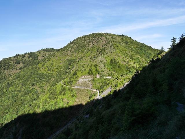 02玉山步道回望麟趾山.jpg - 麟趾山步道