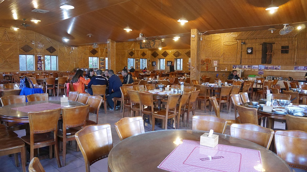 01B雅竹餐廳內部2.jpg - 司馬庫斯二日遊之三 司立富瀑布