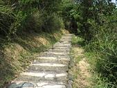 內湖三尖:三尖04鯉魚山步道砂岩階梯