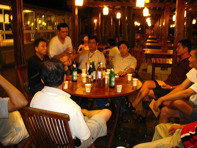 22晚餐後繼攤啤酒時間.JPG - 入校三十週年慶