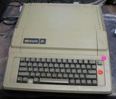 我讀「賈伯斯傳」:Apple的第一台個人電腦 [ Apple II ],也是我的第一台電腦。