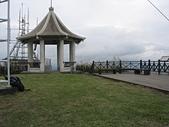 基隆山:18基隆山頂涼亭及觀景台.jpg