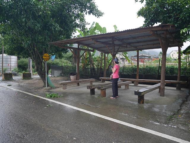 35琉璃光之橋回程候車站.jpg - 坪瀨・琉璃光之橋 健行園區